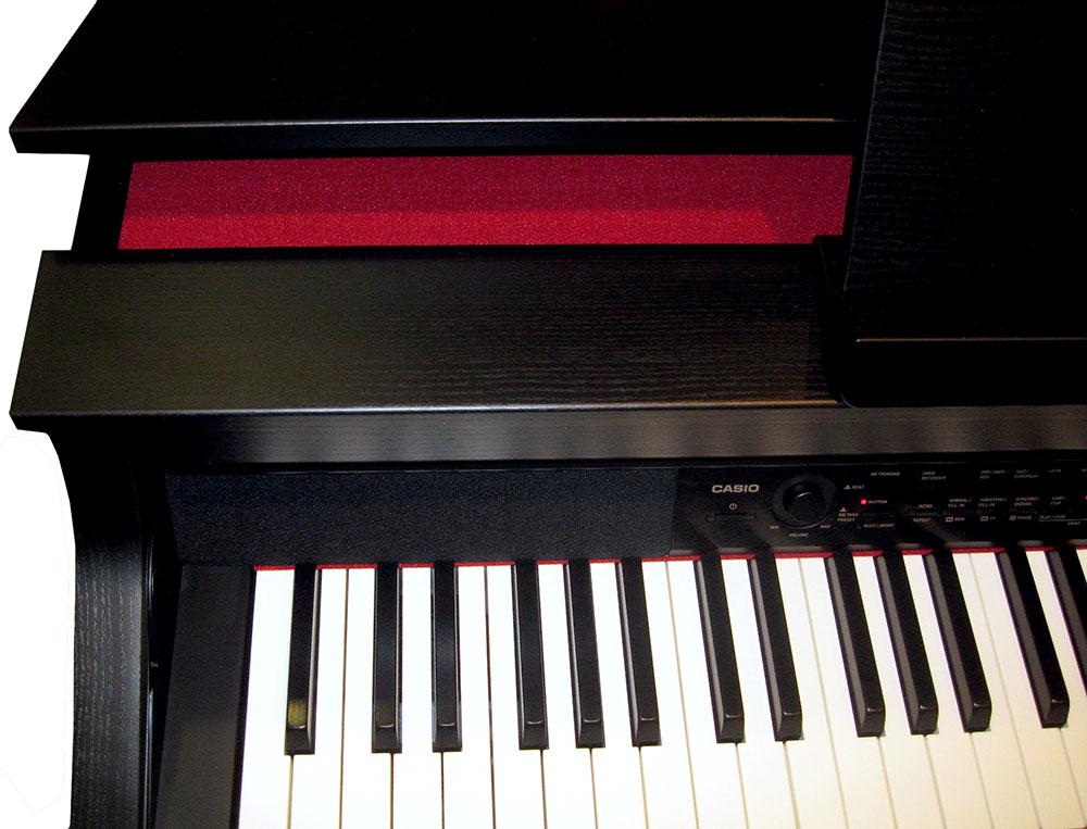 Цифровое пианино Casio AP-650 оснащено специальной крышкой